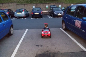 Toy-car-parking2-drivingmisscrazy